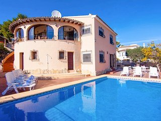 5 bedroom Villa with Pool, Air Con and WiFi - 5687592