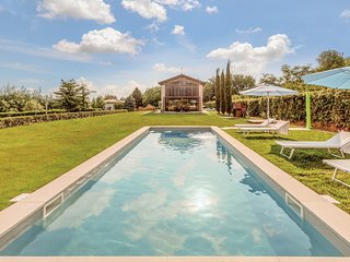 5 bedroom Villa in Case Baù, Veneto, Italy - 5683871
