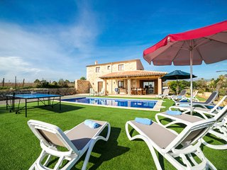 4 bedroom Villa in Inca, Balearic Islands, Spain - 5692250