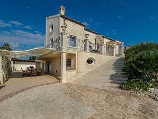 4 bedroom Villa in Donnalucata, Sicily, Italy : ref 5690956