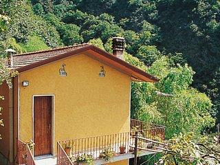 2 bedroom Villa in Vietina, Tuscany, Italy : ref 5651616