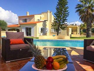 6 bedroom Villa in Porches, Faro, Portugal : ref 5683850