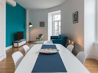 Bright and spacious flat in Graça