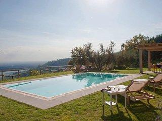 Luxury villa Verdi