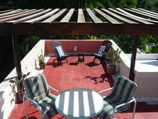 Cancun Apartment Sleeps 5 with Air Con and Free WiFi - 5742624
