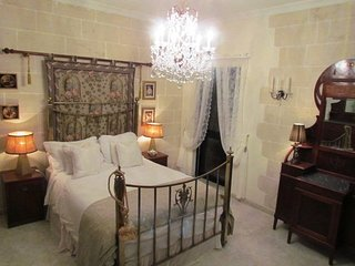 Spacious 3 Bed Apartment in quiet Mgarr Village