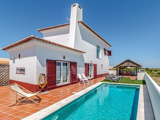 3 bedroom Villa in Monte da Carrasqueira, Setubal, Portugal : ref 5689295