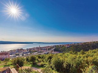 2 bedroom Apartment in Crikvenica, Primorsko-Goranska Zupanija, Croatia : ref 55