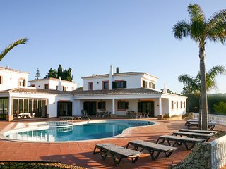 7 bedroom Villa in Porches, Faro, Portugal : ref 5687584