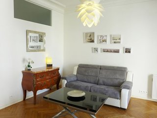 1 bedroom Apartment in Nice, Provence-Alpes-Côte d'Azur, France : ref 5059580