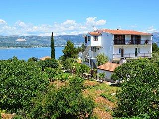 3 bedroom Apartment in Arbanija, Splitsko-Dalmatinska Županija, Croatia : ref 55