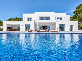 5 bedroom Villa in Es Cubells, Balearic Islands, Spain - 5684401