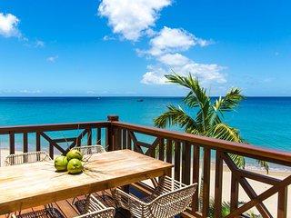 2 Bedroom Beachfront Villas - Stunning Ocean Views - Great rates !!!