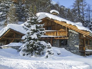 7 bedroom Chalet with WiFi - 5048796