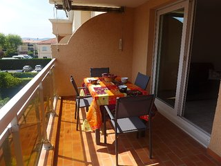 1 bedroom Apartment in Frejus, Provence-Alpes-Cote d'Azur, France : ref 5335214