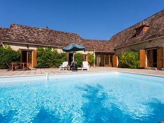 4 bedroom Villa in Saint-Marcel-du-Périgord, Nouvelle-Aquitaine, France : ref 56