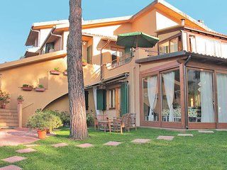 2 bedroom Apartment in Buon Riposo, Tuscany, Italy : ref 5446467