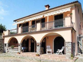 1 bedroom Apartment in Casale, Liguria, Italy : ref 5651496