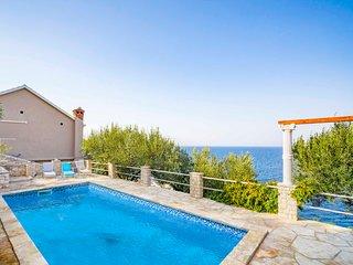 4 bedroom Villa in Prigradica, Croatia - 5608414