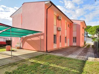 2 bedroom Apartment in Bibione, Veneto, Italy - 5641566
