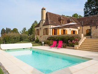 4 bedroom Villa in Savignac-de-Miremont, Nouvelle-Aquitaine, France - 5683855