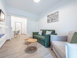 Comfy Home in Koukaki