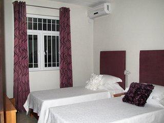 Azuri Twin Bedroom with Shared Bathroom 5.2