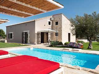 4 bedroom Villa in Donnafugata, Sicily, Italy : ref 5422441