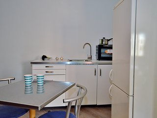 Torri Katur Studio Apartment