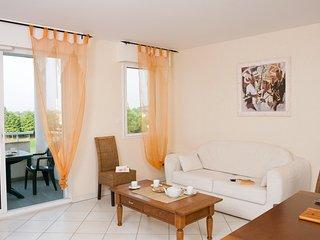 Appartement charmant et équipé 8p, sur le terrain de Golf !