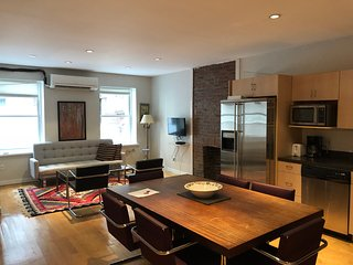 3 Bedroom, 1 Bath Full Floor Loft in Flatiron