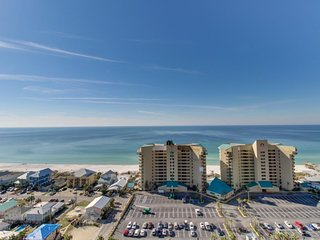 NEW LISTING! Family-friendly, resort condo w/shared pools - walk to the beach