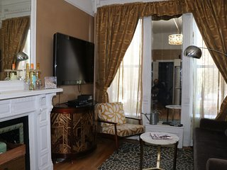 Private Parlor Suite in the Heart of Harlem