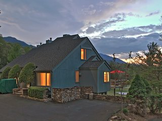 Townhouse on the 18th fairway - Spectacular mountain views