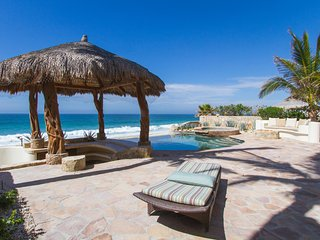 Don't miss this opportunity! 4 BD Beachfront house, best price in Los Cabos!