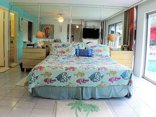 Beach 1 mile! Clean & ultra comfy, 4/3, pool, toys, endless freebies, 5 stars!