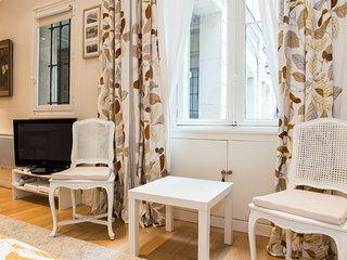 Cosy and very calm studio for 2 persons close to Musee d'Orsay