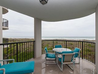 Play at the beach & relax in the evenings at your oceanfront condo oasis