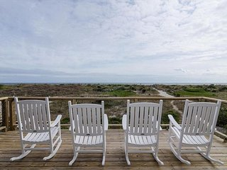 Traditional oceanfront unit at the center of Wrightsville Beach