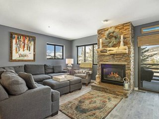 NEW REMODELED LISTING! Beautiful Condo Central To Keystone Breckenridge & All Sk