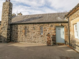 BLANE COTTAGE, woodburner, private grounds, Port Bannatyne