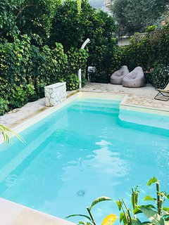 Villa Concetta - in Sorrento center, with FREE parking, pool, Wi-Fi, garden