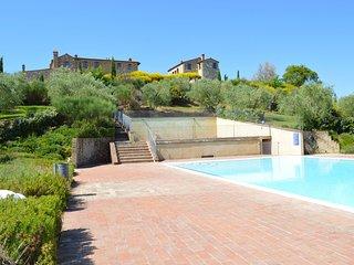 2 bedroom Apartment in Asciano, Tuscany, Italy : ref 5692438