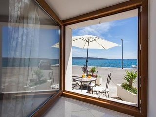 Apartments Lippeo - One Bedroom Apartment with Terrace and Sea View (A1)