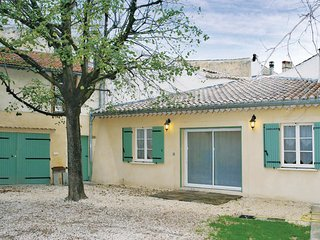 2 bedroom Villa in Suze-la-Rousse, Auvergne-Rhone-Alpes, France : ref 5522417