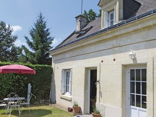 3 bedroom Villa in La Chapelle-aux-Naux, Centre, France : ref 5534352