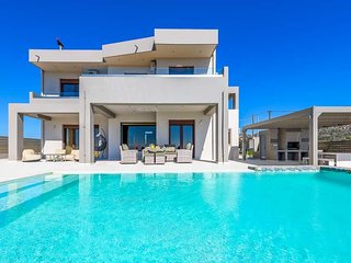 Afantou Villa Sleeps 8 with Pool Air Con and WiFi - 5690076