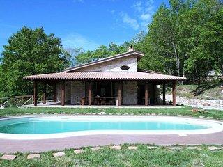 2 bedroom Villa in San Lupo, Campania, Italy : ref 5692374
