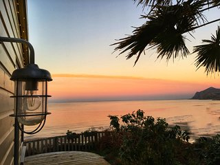 Secluded, Panoramic Sea View, Romantic Long Sunsets, Beach Chic & Dog Friendly