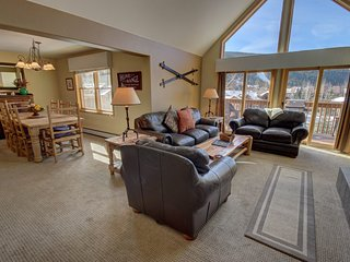 Snake River 36 Spacious 3Bdrm With Vaulted Ceilings by Summitcove Lodging
